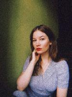 PR-foto af Cecilie Bødker, aktuel med debutromanen 'Sortsyge'. Fotograf: Cecilie Bødker. Find alle fotos i høj opløsning her:  https://www.dropbox.com/sh/jz6vacchmspvkr3/AADOvm0bwxVDvLhZ4UuOT-jIa?dl=0