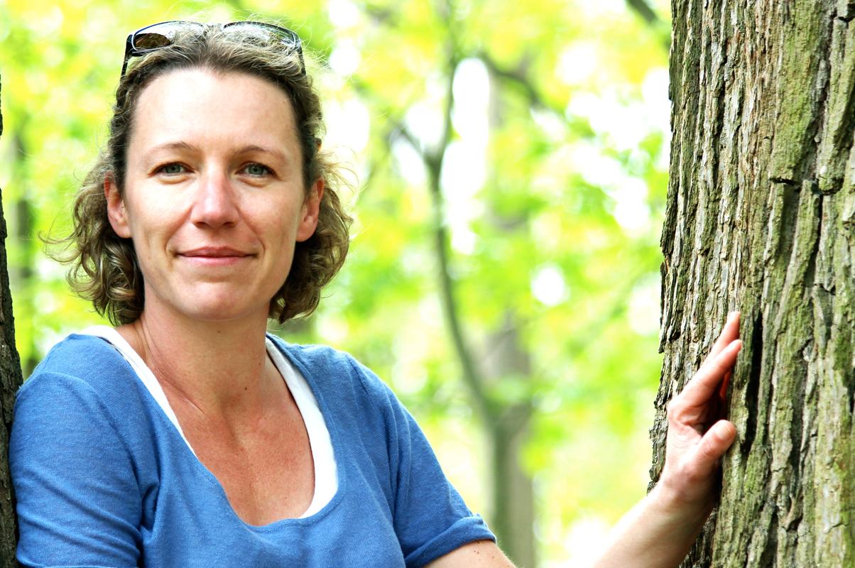 Anne-Laure Bondoux. Foto © Coline Peyrony. Må kun anvendes ved angivelse af copyright samt fotografens navn.